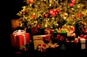 iStock_presents under tree